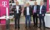 Nach Umbau eröffnen expert-Märkte mit Telekom-Lounges